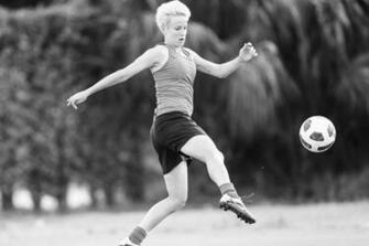 Megan Rapinoe Wallpaper 10   1920 X 1280 stmednet