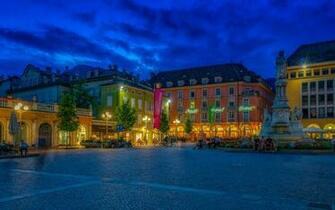 Desktop Wallpapers Italy Monuments Town square Bolzano 3840x2400