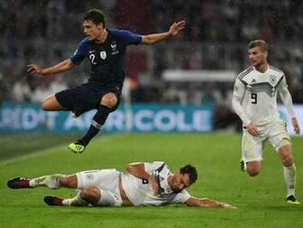 Viel Applaus fr DFB Team bei 00 gegen Frankreich   Rhein