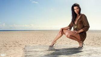 Hot Beach Girl Pictures HD Wallpaper HD Wallpaper Pc Wallpaper