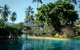 Exotic holiday resort wallpaper 25586
