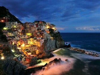 Photo Italian coastal village at twilight