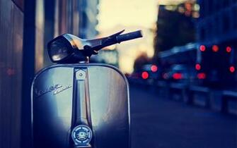 Vespa Girl Vespa High Definition Wallpaper Vespa   Desktophdwcom
