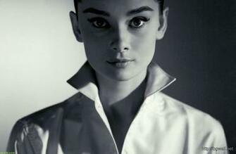 Home Miscellaneous Beautiful Eyes Audrey Hepburn Wallpaper Hd