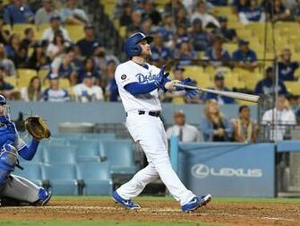Max Muncy is on a 5 game home run streak   True Blue LA