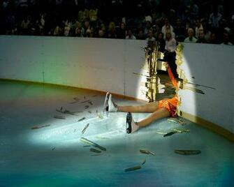 Ice Skating Fall Girl 2013 Amazing Sport Photos Hd Desktop