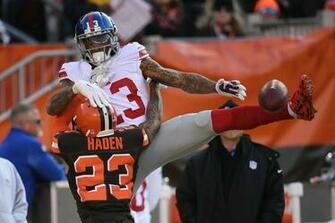 Odell Beckham Jr injures his thumb in Giants vs Browns