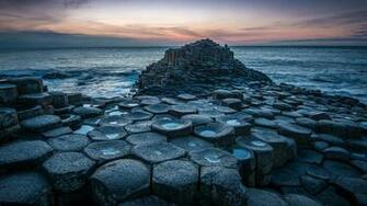 The Giants Causeway   an area of about 40000 interlocking basalt