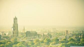 Hazy Utrecht View From The Conclusion Flat 4K HD Desktop