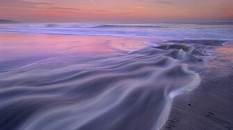 Beautiful ocean waves wallpaper 13813