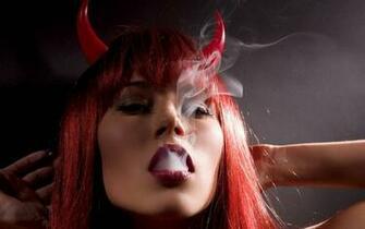 DEVIL WOMAN   COSPLAY Wallpaper