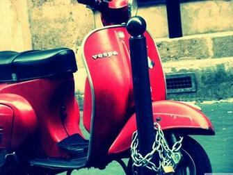 vespa wallpaper 3200x2400   Magic4Wallscom