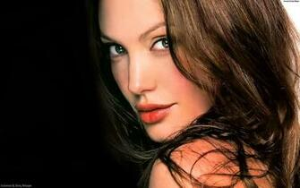 Hollywood Actress Angelina Jolie Hot HD Wallpapers CELEBERG