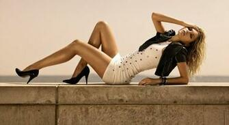 girl nice legs in dress 1080p hd wallpaper is a great wallpaper