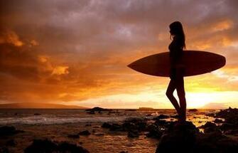 Surfing Girls   BEAUTIFUL GIRL WALLPAPERS