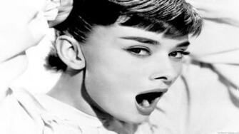 Audrey Hepburn HD Wallpaper Photos Pictures HDTV Wallpaper Audrey