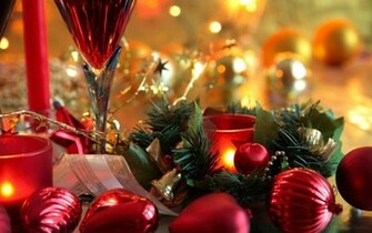 Christmas decorations on the table wallpapers and images   wallpapers