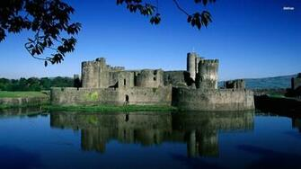 Caerphilly Castle Wales wallpaper