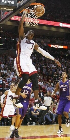 dwyane wade dunking on someone dwyane wade wallpaper dunk