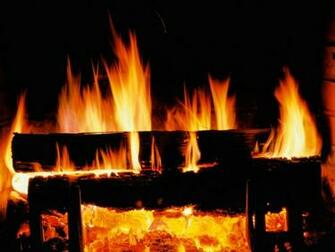 Crackling Fire   Christmas Wallpaper 2736108