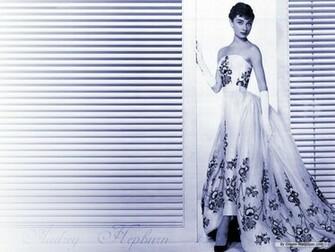 Star wallpaper   Audrey Hepburn wallpaper   1024x768 wallpaper