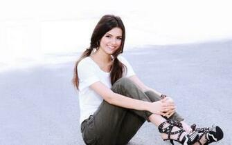 Hollywood Victoria Justice hd New Nice Wallpapers 2013