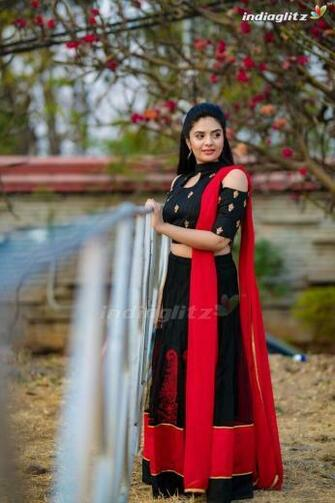 Sreemukhi in 2020 Photoshoot Indian tv actress Actresses