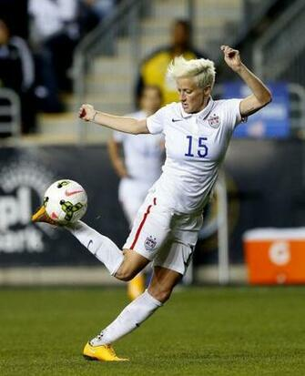 BREAKING NEWS Megan Rapinoe tears ACL could miss 2016 Olympics