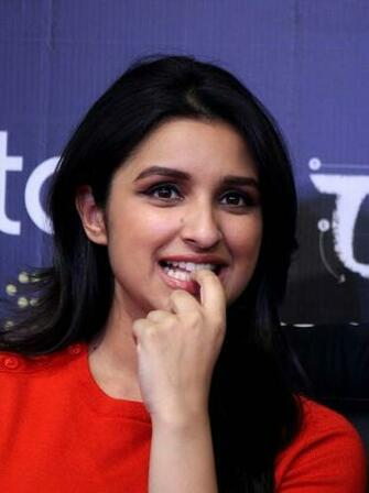 Parineeti Chopra HD Wallpapers Images Pari in 2019 Parneeti