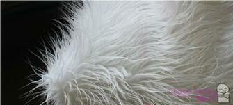 white faux fur blanket newborn photo prop photo studio backdrops