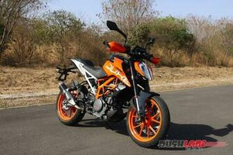 2017 KTM Duke 390 Review   More Tangy More Fun