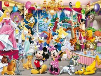 Disney Celebrations with all Disney Members in Disney World