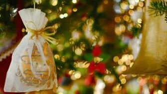 Christmas decorations wallpaper   734398