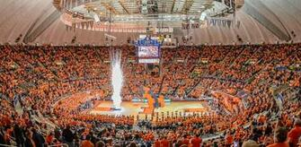 Illinois Athletics   State Farm Center Fan Guide