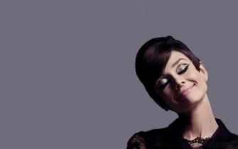 Pics Photos   Audrey Hepburn Wallpapers Wallpaper