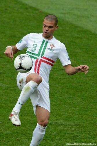 Pepe Portuguese Brave Central Defender Euro 2012 Portugal National