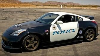 Download Nissan 350Z police car wallpaper