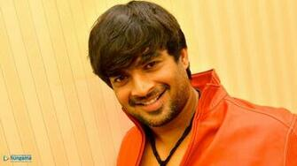 R Madhavan Wallpapers r madhavan 3   Bollywood Hungama