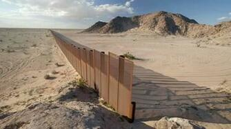 The border between USA and Mexico Inspirational Quotes Wallpaper