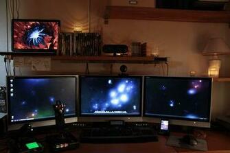 Digital Blasphemy    Multi Monitor Sample