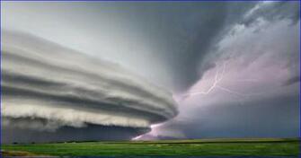 Thunderstorm Desktop Background wallpaper