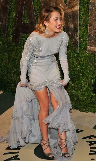 Related Pictures miley cyrus oscars 2010 champagne formal celebrity