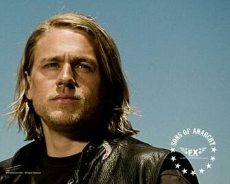 sons of anarchy Charlie Hunnam Wallpaper