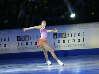 Wallpaper Carolina Kostner   Ice Skating Wallpaper 10280864
