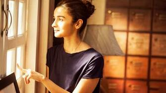 Alia Bhatt Wallpapers Download 1080p HD Photos Of Alia Bhatt