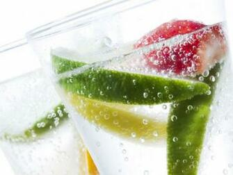 Fresh Fruits in a Glass Wallpapers   1600x1200   179020