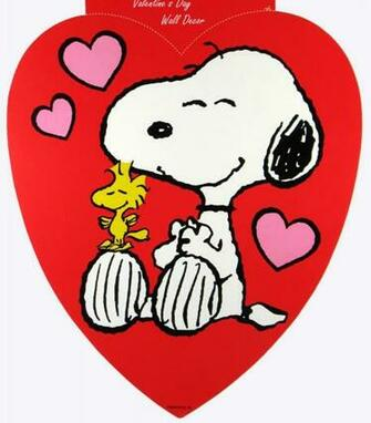 Peanuts Valentines Day Wallpaper Valentines day wall decor
