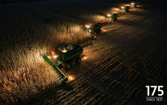 John Deere Fans Visitors Wallpaper