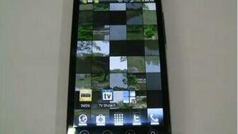 Photile live wallpaper for Android phones turns any picture you choose
