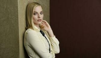 1336x768 Margot Robbie 4K 2019 HD Laptop Wallpaper HD Celebrities